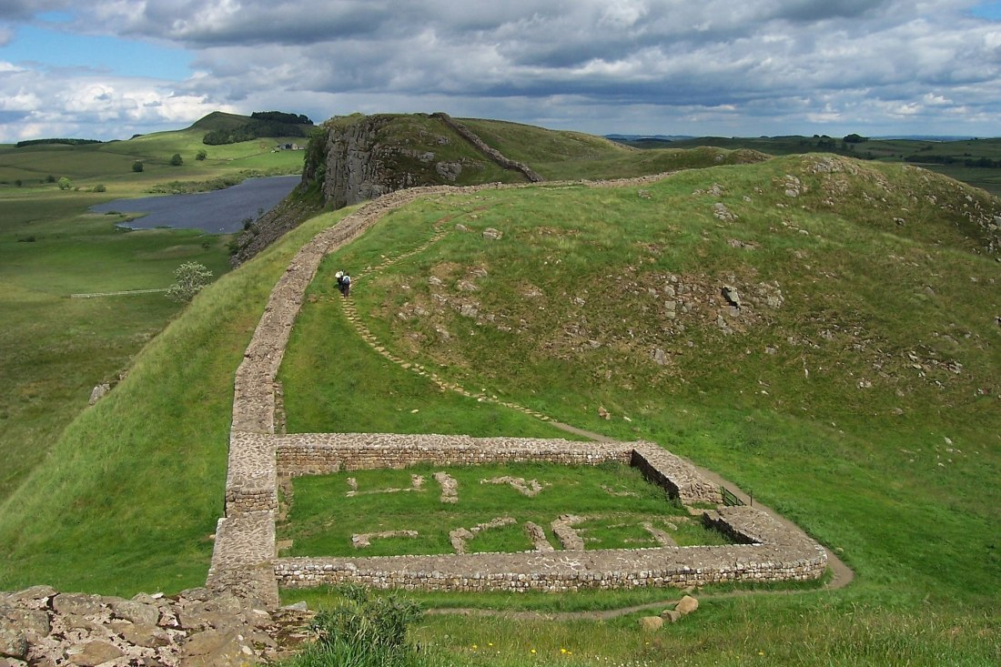 Milecastle_39_on_Hadrian's_Wall.jpg