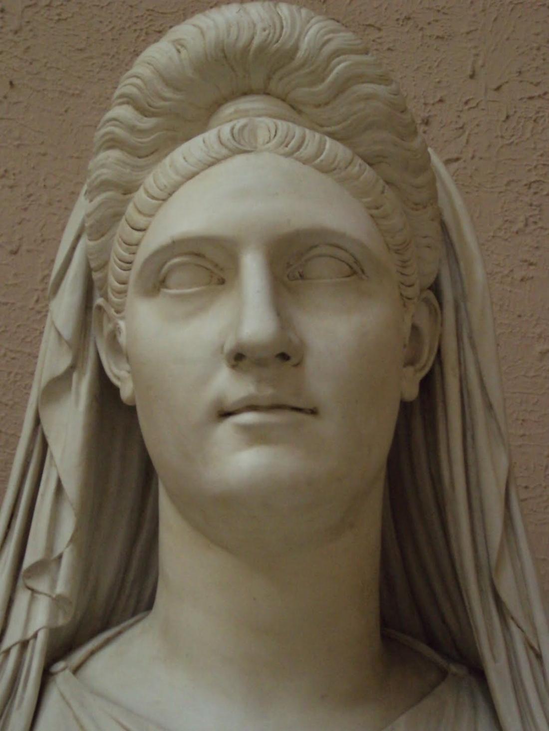 Trajans-wife-Plotina1