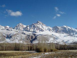 Demirkazik_Crest_of_Aladag_Mountains_in_Nigde_Turkey foto Zeynel Cebeci -