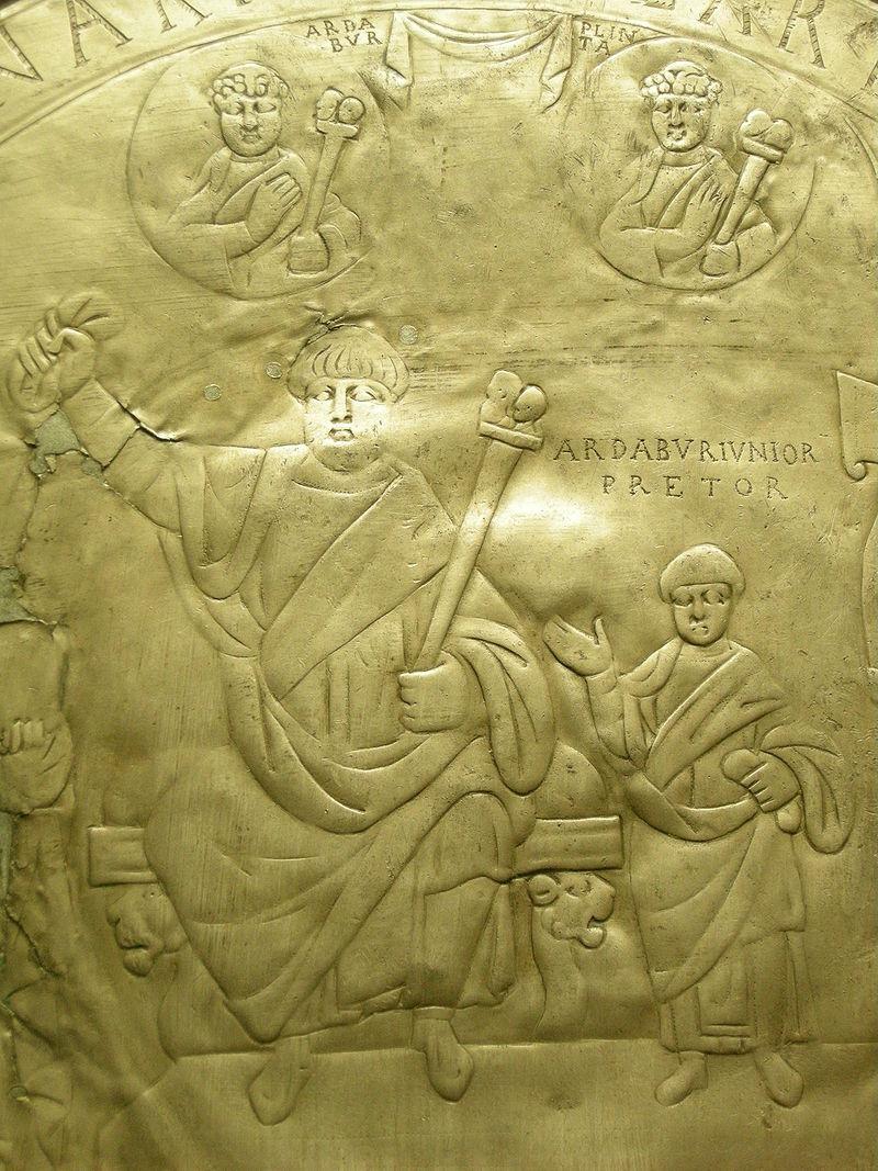 Piatto_di_ardaburio,_argento_fuso,_434_d.c._(found_in_1769)_03 foto de Sailko