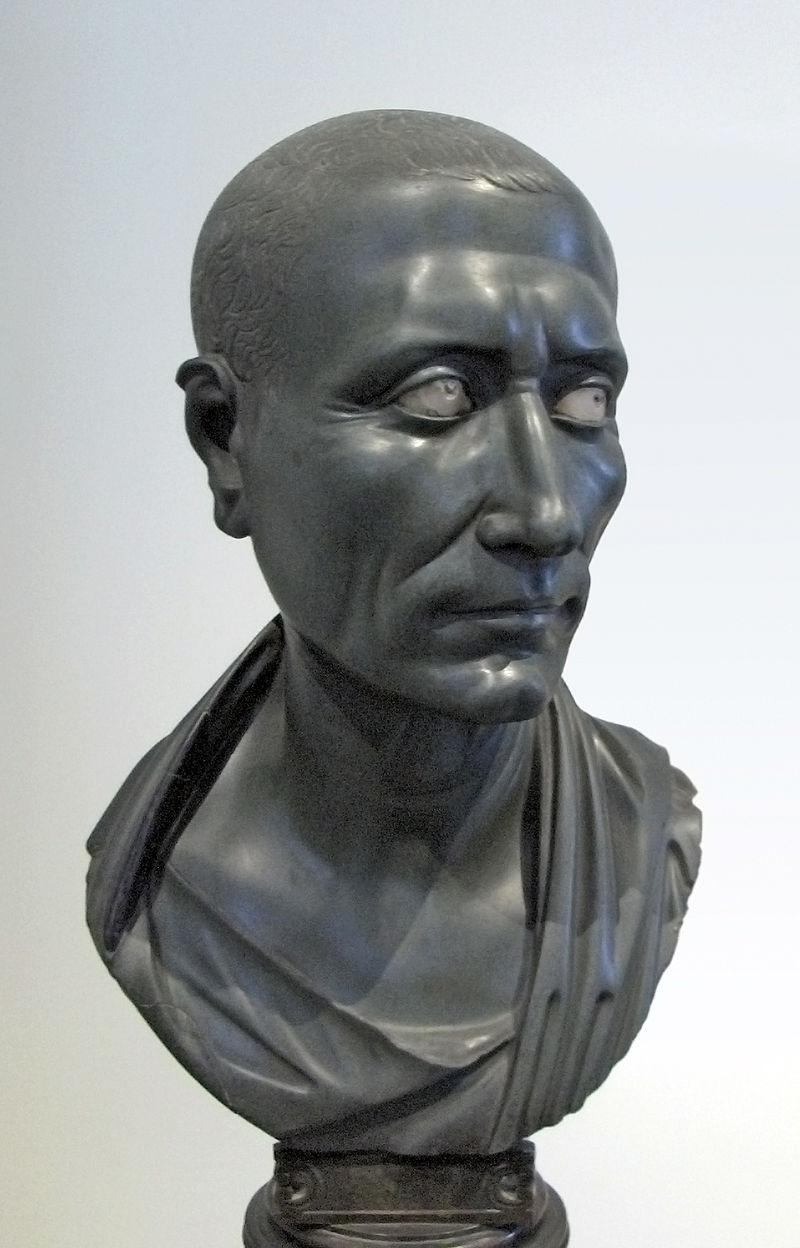 800px-Caesar-Altes-Museum-Berlin