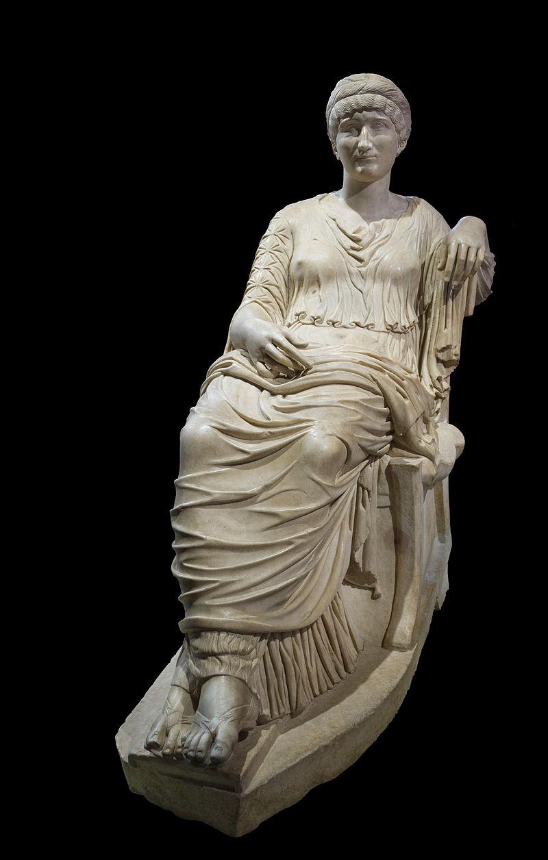 HElena_Colosseo_Rome_Italy