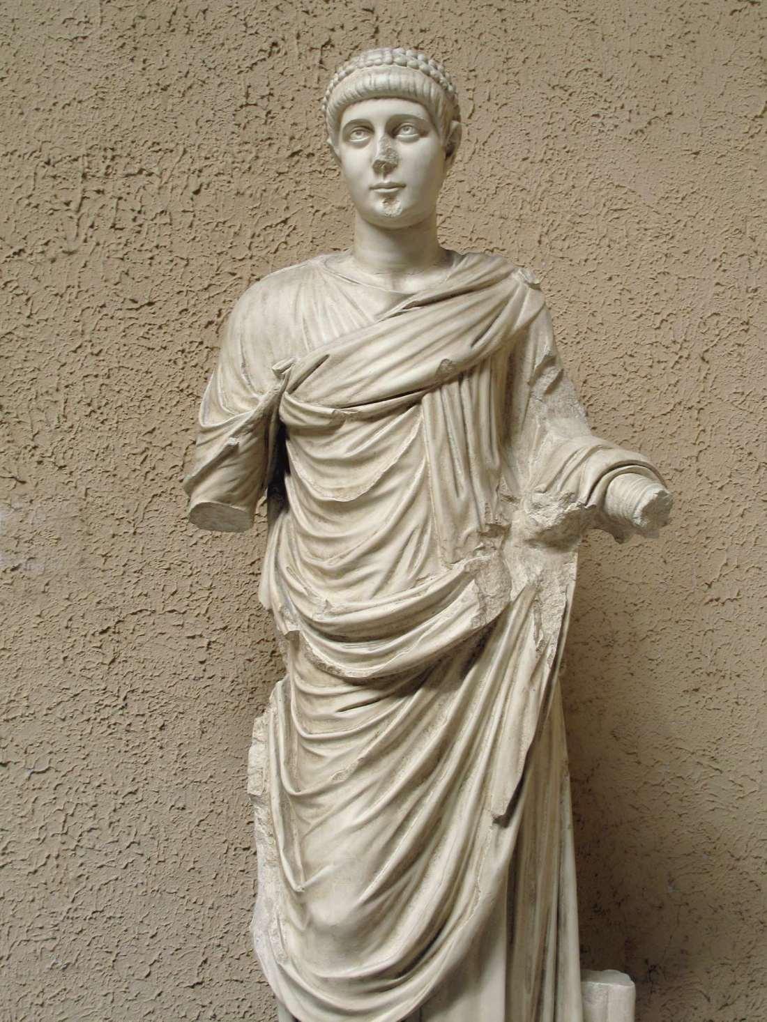 ValentinianII375-392-1