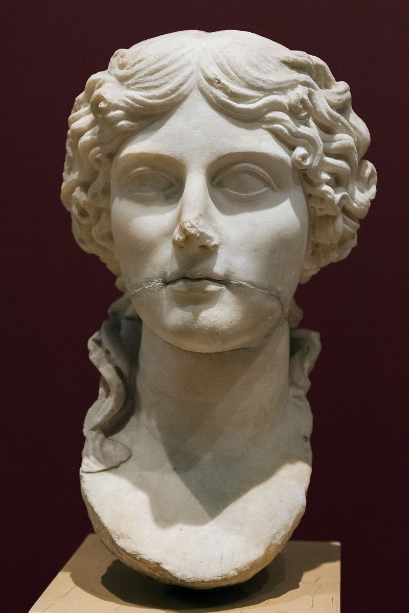 Agrippina_Major_portrait_Istanbul_Archaeological_Museum_-_inv._2164_T
