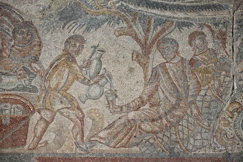 roman-floor-mosaic-tile-detail-slave-serving-wine-42194172
