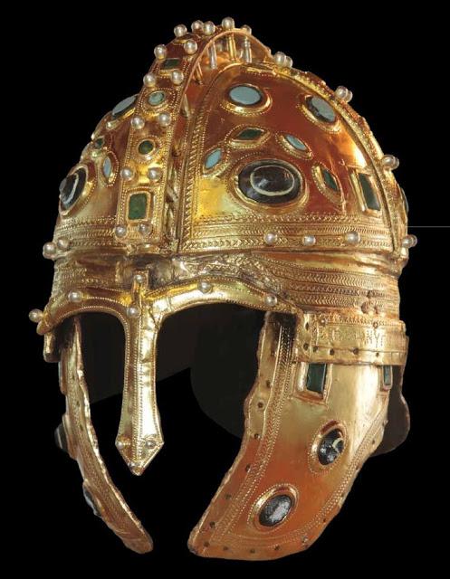 berkasovogold helmet