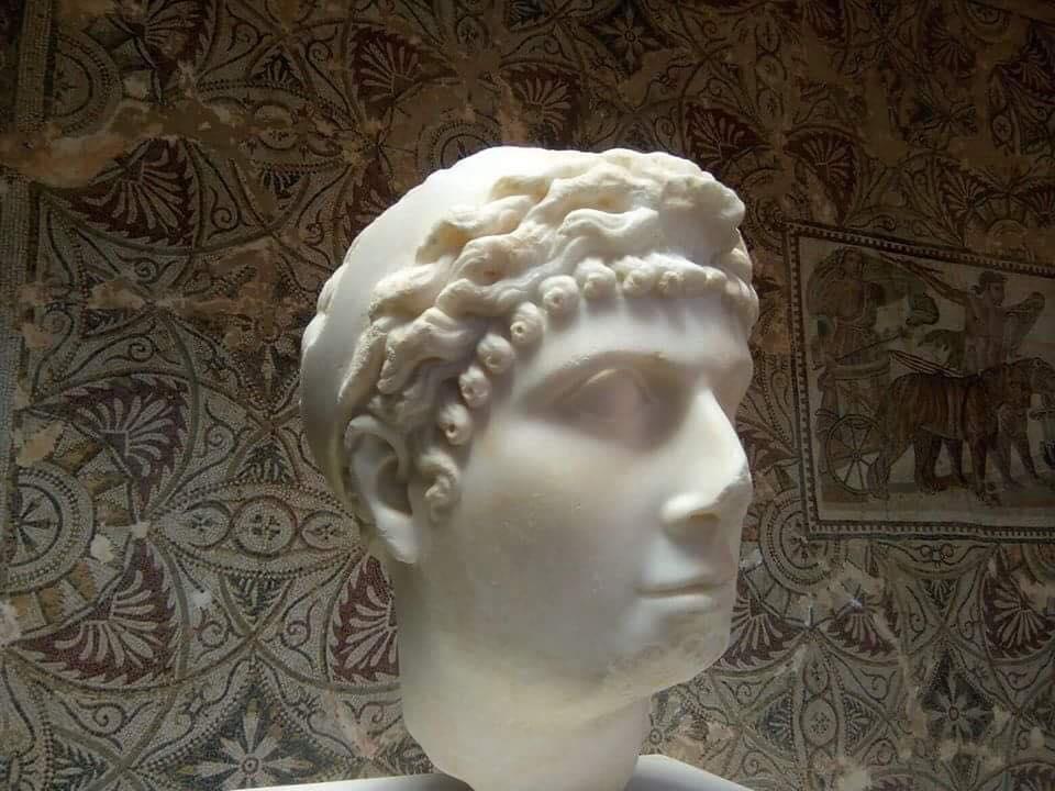 Cleopatra_Selene_II_bust,_Cherchell,_Algeria_4