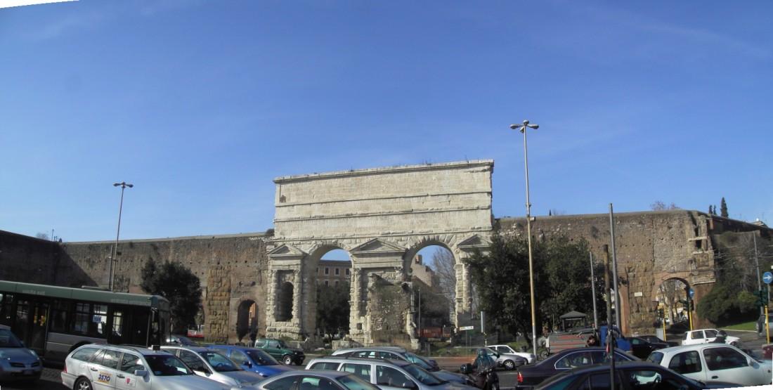 Esquilino_-_Porta_Maggiore_-_st1.JPG
